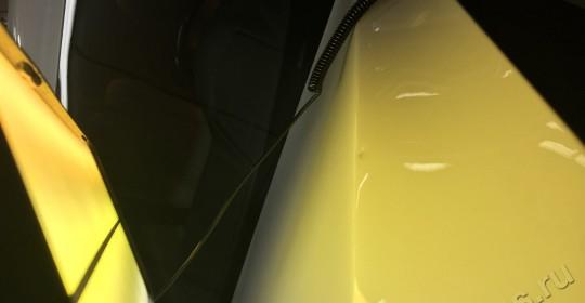Удаление вмятин на капоте BMW