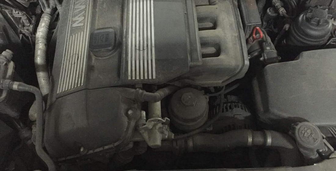 Безопасная мойка двигателя в Москве