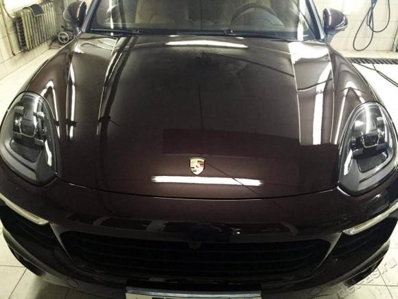 Автомобиль ПОСЛЕ нанесения покрытия ceramic pro 9 H + полиуретановая пленка